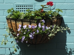 Big wall basket (2)
